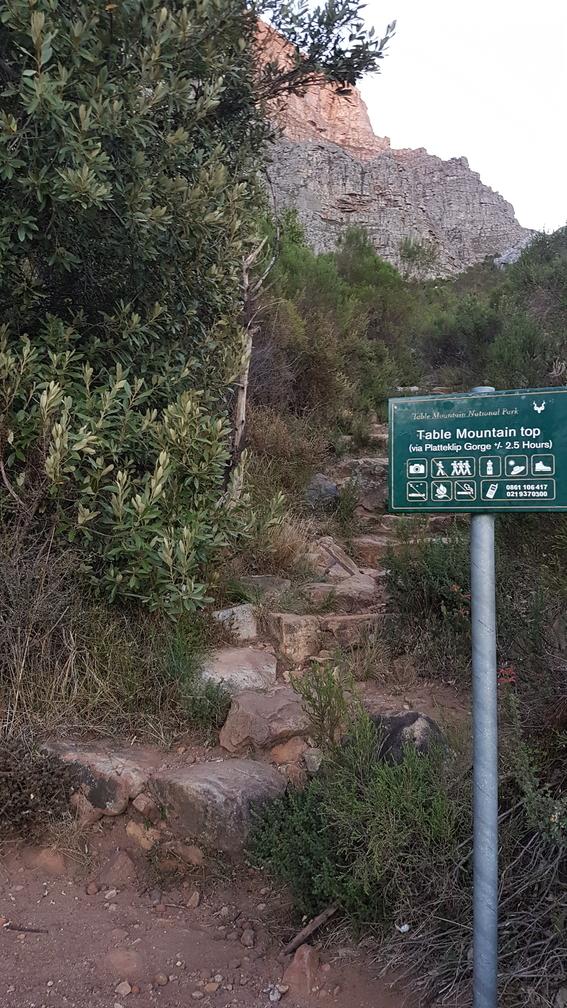 Platteklip Gorge Trail